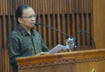 Bali Terima Wisman, Koster Sebut  Tergantung Peraturan Menkumham