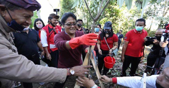 Giri Prasta akan Intensifkan Pembangunan Taman Gumi Banten