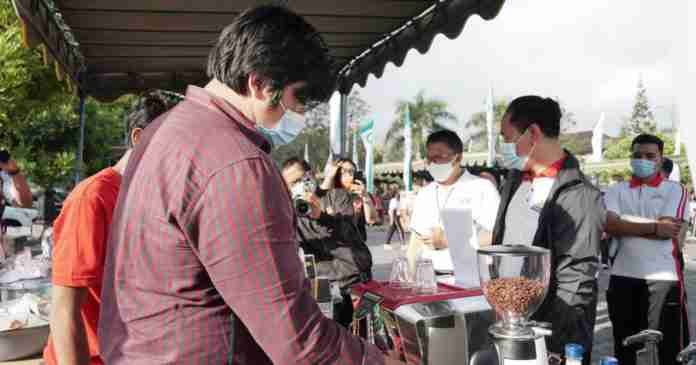 Kunjungi Pasar Gotong Royong, Ini Harapan Suiasa