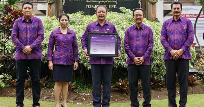 """Badung Kembali Raih """"Public Service Award Of The Year"""" Bali"""