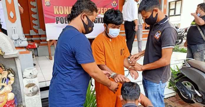 DPO Polres Banjarnegara Diringkus Aparat Polres Klungkung