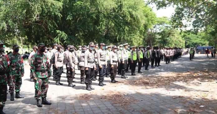 Antisipasi Massa Tolak Omnibus Law, Ratusan Aparat Siaga
