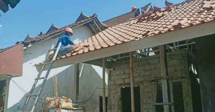 Dinas Perkim Rampungkan Perbaikan 9 Unit Rumah MBR