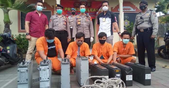 Komplotan Pencuri Baterai Tower Telekomunikasi Diciduk