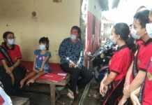 Pandemi, Siswi Disabilitas Bisnis Pulsa