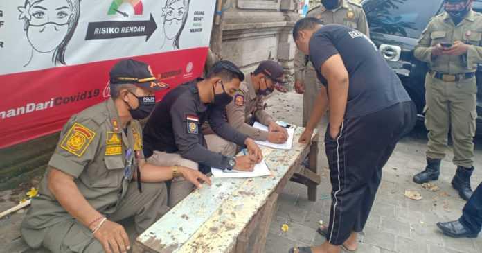 Sidak Prokes di Padang-Padang, Mayoritas Pelanggar Pakai Masker Tidak Benar
