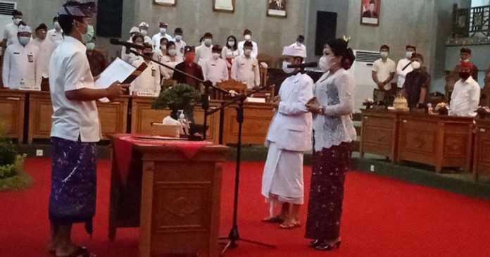 Dewi Wahyuni Gantikan Gede Dana, Pelantikan Taati Prokes