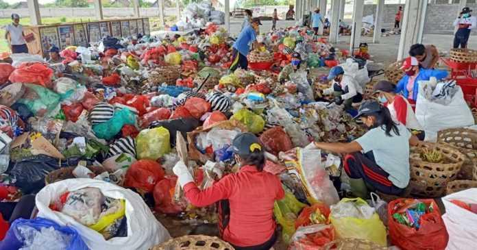 Sampah Masker, Rawan Didaur Ulang dan Rentan Tularkan Penyakit