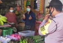 Anggota Bhabinkamtibmas Datangi Pasar di Badung