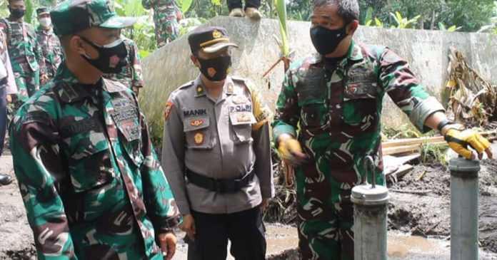 Warga Jungutan Sulit Akses Air bersih, TNI Bangun Hidram