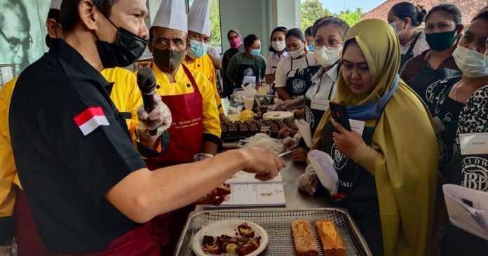 Bertahan di Masa Pandemi, UMKM Ikut Pelatihan Bikin Roti