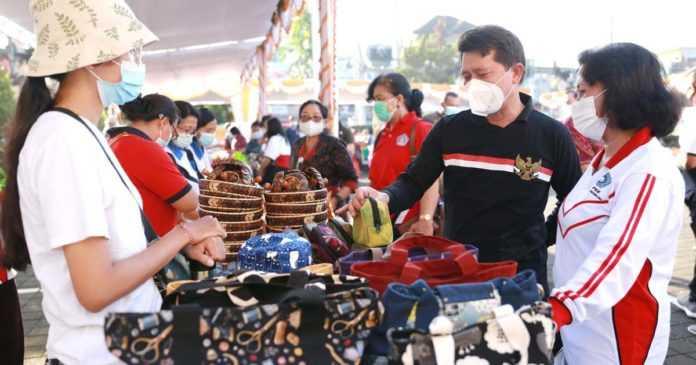 Pemkab Klungkung Gelar Pasar Gotong Royong